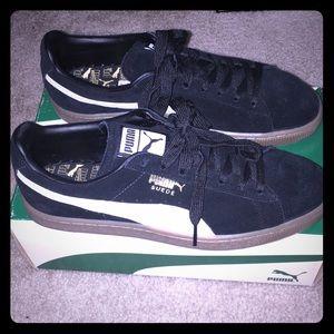 Men's puma sneakers